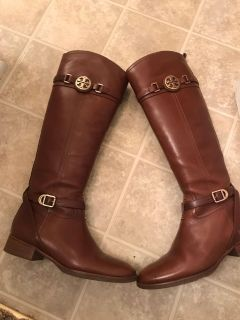 Tory Burch boots 7.5