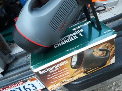 COLEMAN CHARGER1 RECHARGEABLE SPOTLIGHT