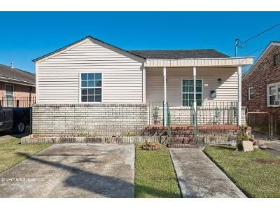 2 Bed 1 Bath Foreclosure Property in New Orleans, LA 70122 - Wallace Dr