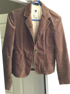 Ladies Gap size 2 great condition