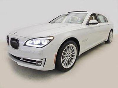 2014 BMW 7-Series 750Li xDrive (Mineral White Metallic)