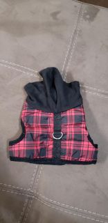 Adorable Red Plaid Hooded Wrap Dog Harness Size Medium. Like New!