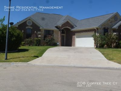 Single-family home Rental - 208 Coffee Tree Ct