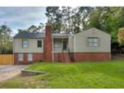 Three BR, Two BA, 1,596 sqft single family house in Aiken