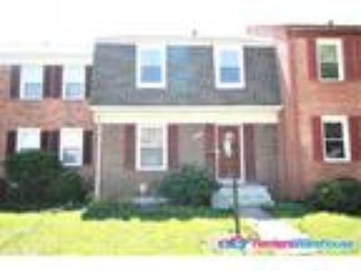 Lovely Two BR 2.5 BA Townhome in Sudley Manassas
