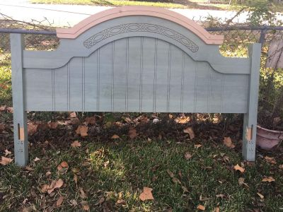 Headboard with queen/king frame