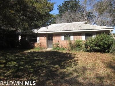 2 Bed 2 Bath Foreclosure Property in Robertsdale, AL 36567 - Pennsylvania St