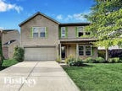 12332 Bearsdale Dr Indianapolis, IN 46235 - 4/2.5 2161 sqft