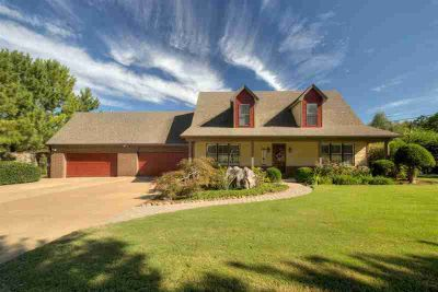 1408 Beaver Creek Rd Unincorporated Four BR, BRING ALL OFFERS!