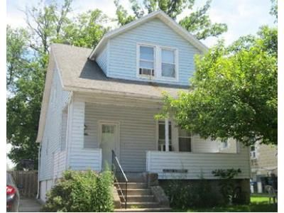 3 Bed 2 Bath Foreclosure Property in Parkville, MD 21234 - Linganore Ave