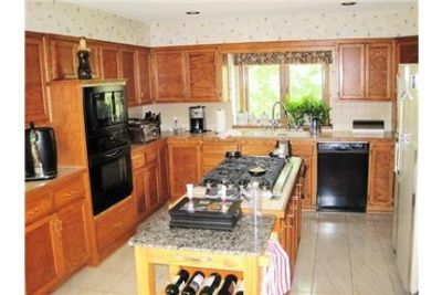 Spacious Home with Eat-in Kitchen, Master Suite, Wine Cellar