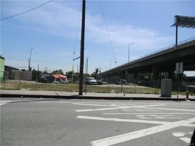 Foreclosure Property in Los Angeles, CA 90059 - Sqft Apn-6067-001-021 1901 E Imperial Hwy Los Angeles