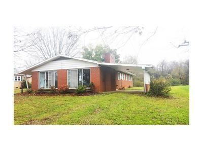 3 Bed 2 Bath Foreclosure Property in Greeneville, TN 37745 - Baileyton Rd