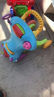 Car toy converts to walker push car