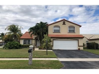 3 Bed 2 Bath Preforeclosure Property in Hollywood, FL 33029 - NW 189th Ave