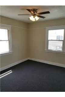 2 bed 1 bath upgraded apartment