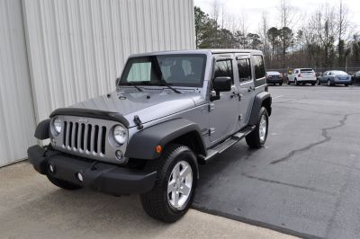 2014 Jeep Wrangler Unlimited Sport (Silver)