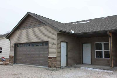 1018 Covinigton Dr #2 Sheboygan Falls Two BR, QUALITY BUILT NEW
