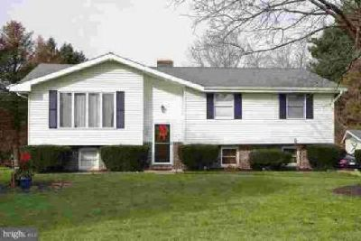 545 Prison Rd Leesport Three BR, Beautiful single home nestled in