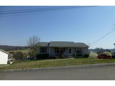 3 Bed 2 Bath Foreclosure Property in Morristown, TN 37814 - Willow Greene Dr