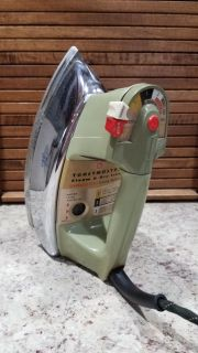 Toastmaster steam and dry iron