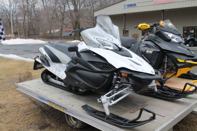 2010 Yamaha RS Vector GT Trail Sport Snowmobiles Adams, MA