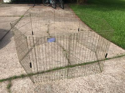 Gold zinc pet exercise pen