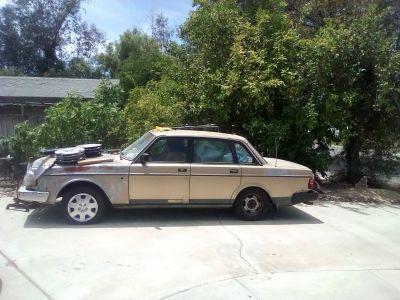 1988 Volvo 244DL $650