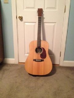 $400 Martin Acoustic Electric w/ hard case & tuner