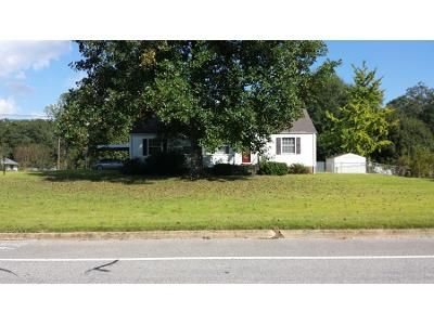 2 Bath Preforeclosure Property in Opelika, AL 36801 - Rocky Brook Rd