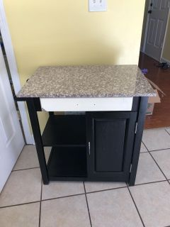 Kitchen side bar/coffee table