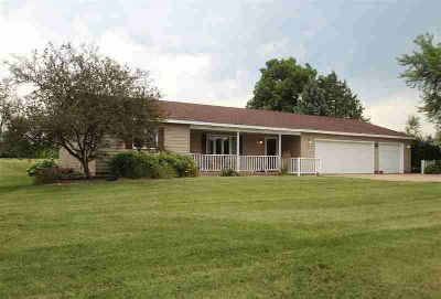 430 CENTER Street Metamora Three BR, Quality, custom built