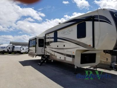 2019 Forest River Rv Cedar Creek Champagne Edition 38EL