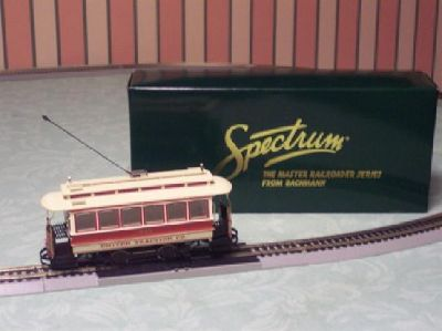 $35 Bachmann: Spectrum Closed Street Car