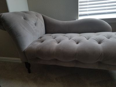 Chaise Tufted Fainting Sofa