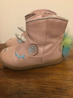 Toddler Unicorn boots!