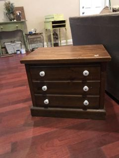 Solid wood End table flash sale crossposted no holds I need space for my new projects