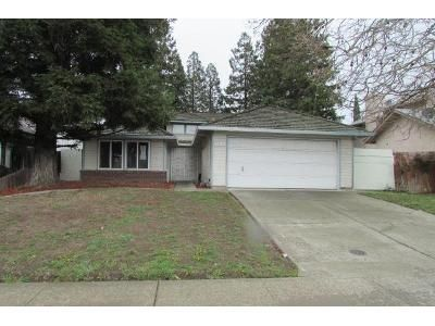 3 Bed 2 Bath Foreclosure Property in Stockton, CA 95210 - Montauban Ave
