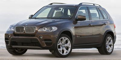 2013 BMW X5 xDrive35i (Alpine White)