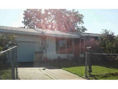 3 Bed 1 Bath Foreclosure Property in Greenville, TX 75401 - Sayle St