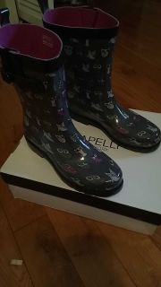 Womens Size 10 New