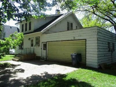 4 Bed 1 Bath Foreclosure Property in Royal, IA 51357 - Meadow Street