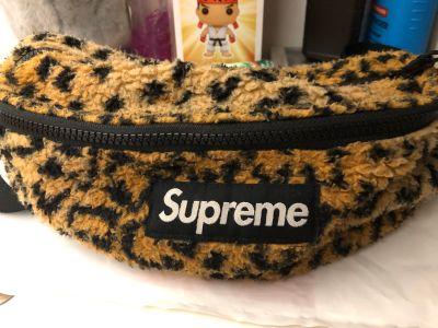 Supreme leopard print fanny pack