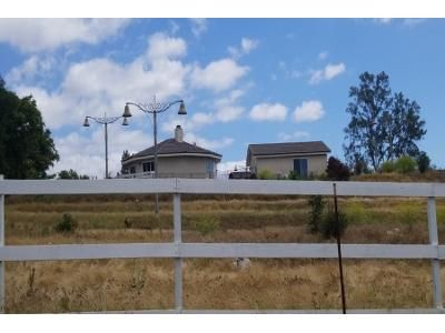 3 Bed 2.5 Bath Preforeclosure Property in Valley Center, CA 92082 - Rolling Hills Dr # 2f