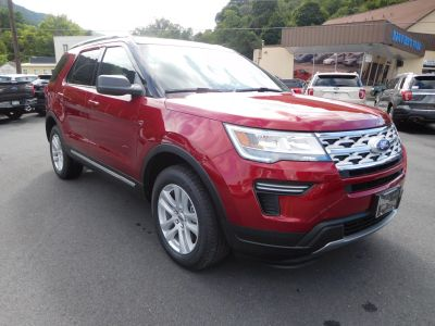 2018 Ford Explorer XLT (Ruby Red)