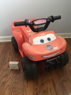 Cars Lightning McQueen Electric Ride-On