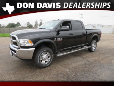 2018 RAM 2500 Tradesman 4x4 Crew Cab 6'4 Box (Black)