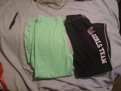 5t black and green pants very soft