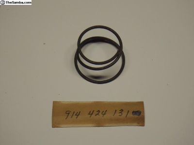 NOS 914-424-131-00 Shifter Console Thrust Spring