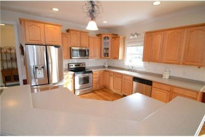 Sims - Beautiful 3 bedroom home in Sims with a large office.